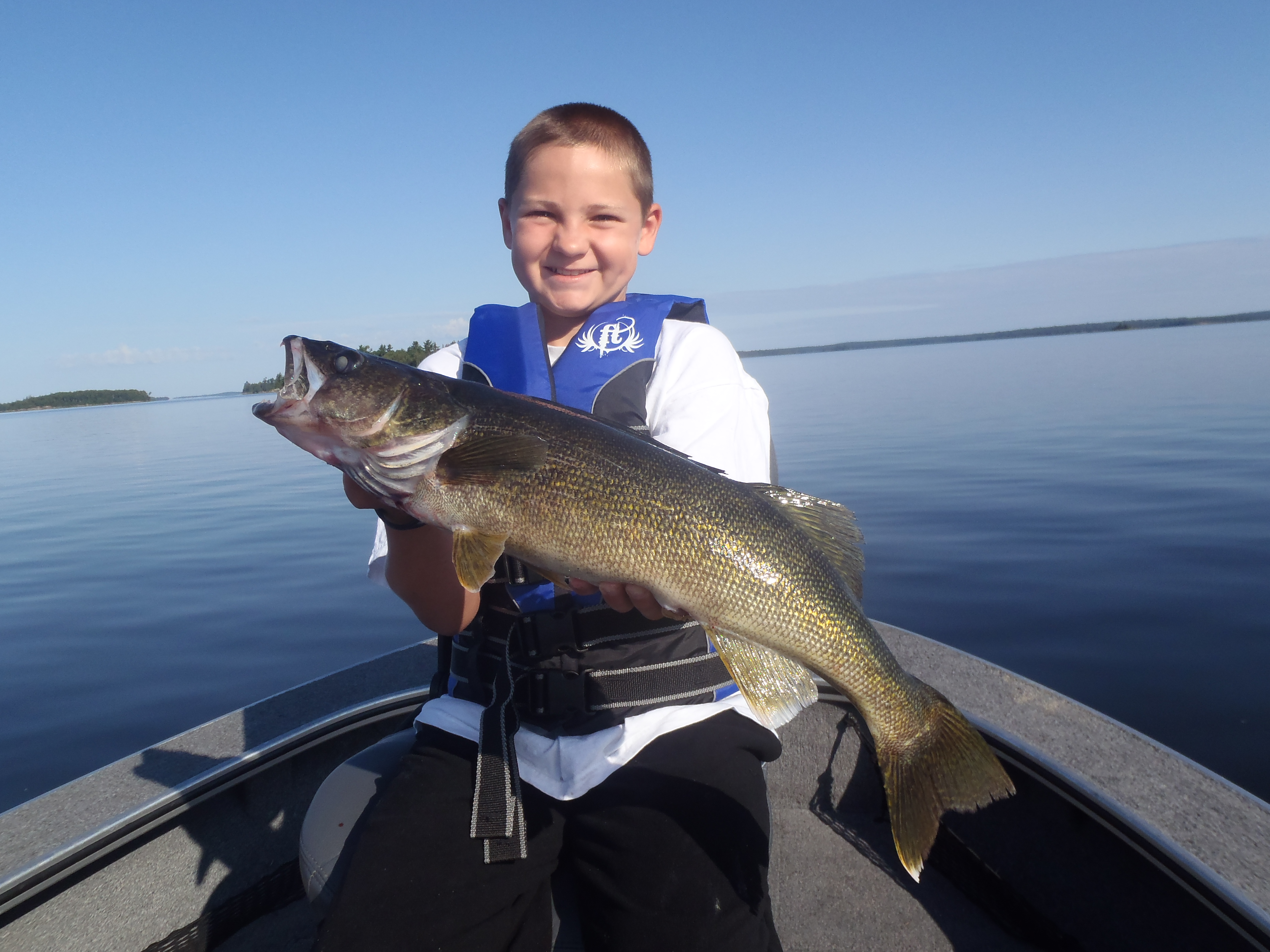 The fishing report page 3 of 16 silver water wheel lodge for Lac seul fishing report